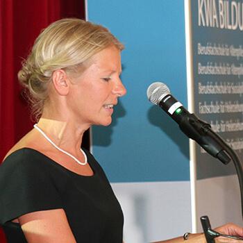 Bettina Schmidbauer, Leiterin der Fachakademie für Sozialpädagogik.