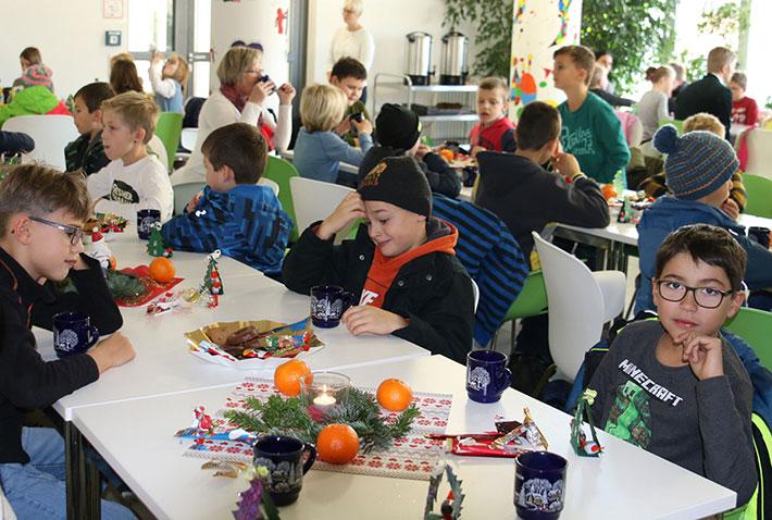 Grundschüler zu Besuch im KWA Bildungszentrum in Pfarrkirchen