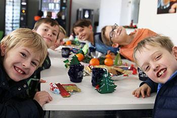Grundschüler im KWA Bildungszentrum in Pfarrkirchen