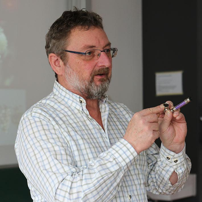 Kriminalhauptkommissar Wolfgang Kern, Drogenbeauftragter der Kripo Passau