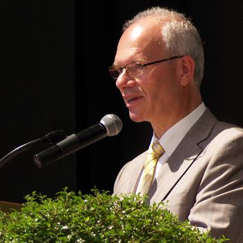 Abschlussfeier 2015 im KWA Bildungszentrum, Regierungsschuldirektor Heinrich Etzel