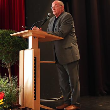 Hochschulkoordinator Georg Riedl - ein KWA-Aktionär.