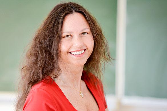 Elke Bründl, Schulleiterin Berufsfachschule für Altenpflegehilfe, Schulstandort Bad Griesbach